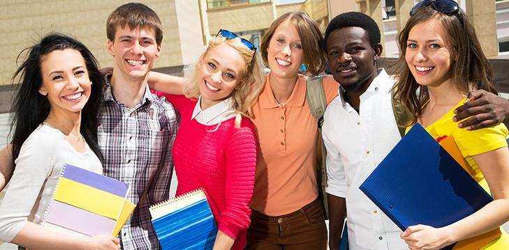 Husk de allervigtigste studenterhue regler under studenterrunden